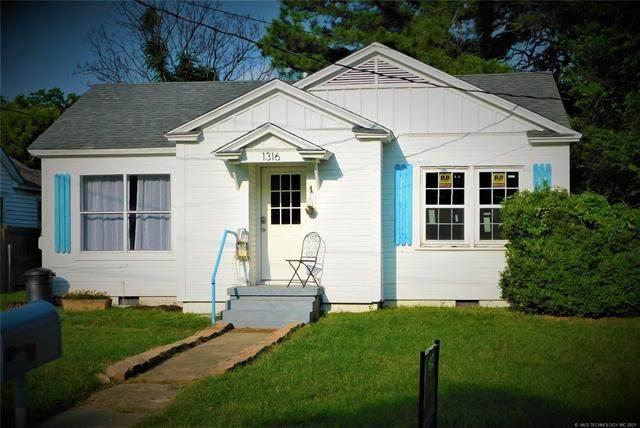 1316 N 3rd, Durant, OK 74701 (MLS #2118325) :: House Properties