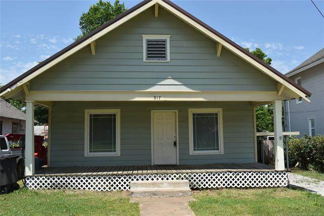 917 S Armstrong Avenue, Bartlesville, OK 74003 (MLS #2118339) :: 580 Realty