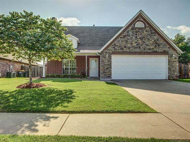12001 S Oak Street, Jenks, OK 74037 (MLS #2118393) :: 918HomeTeam - KW Realty Preferred