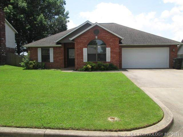 209 Heritage Drive, Fort Gibson, OK 74434 (MLS #2118457) :: Active Real Estate