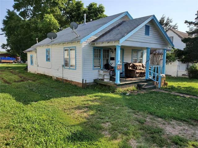 809 Elm Street, Pawnee, OK 74058 (MLS #2118472) :: 580 Realty