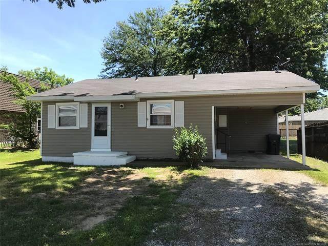 806 N Missouri Avenue, Claremore, OK 74017 (MLS #2118553) :: 918HomeTeam - KW Realty Preferred