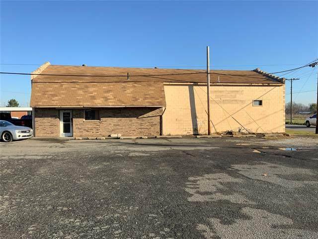 201 W Gentry Street, Checotah, OK 74426 (MLS #2118653) :: 580 Realty
