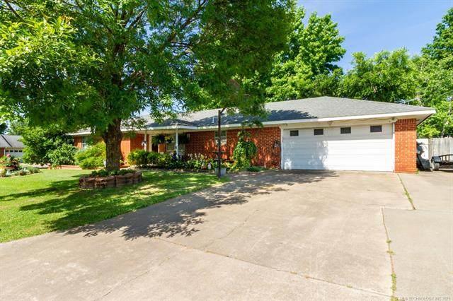 1124 Cottonwood, Pryor, OK 74361 (MLS #2118739) :: House Properties