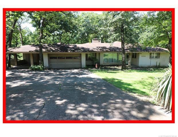 1336 Ridgewood Avenue, Bartlesville, OK 74006 (MLS #2118852) :: Active Real Estate
