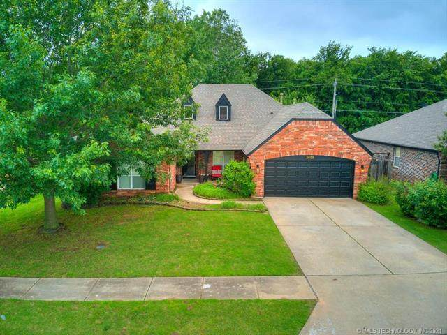 5008 S 202nd East Avenue, Broken Arrow, OK 74014 (MLS #2118882) :: Hopper Group at RE/MAX Results