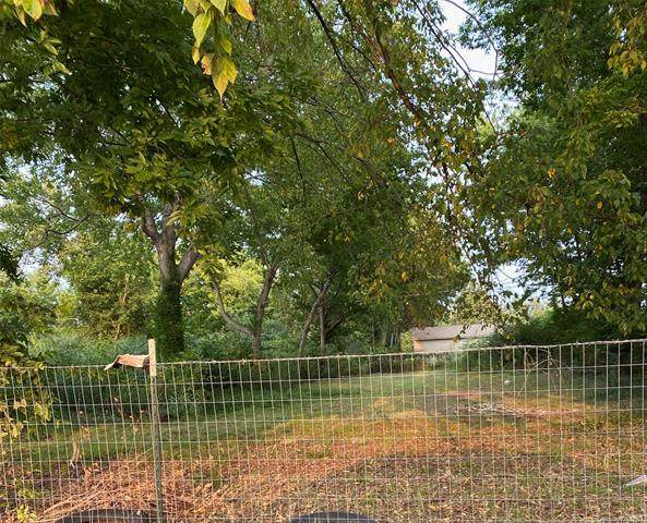 N Rockford Avenue E, Tulsa, OK 74106 (MLS #2118895) :: House Properties
