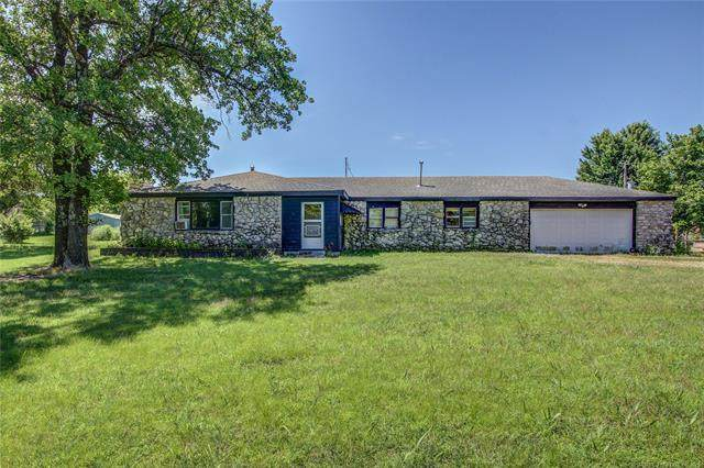 10910 E 156th Street N, Collinsville, OK 74021 (MLS #2118909) :: Hopper Group at RE/MAX Results