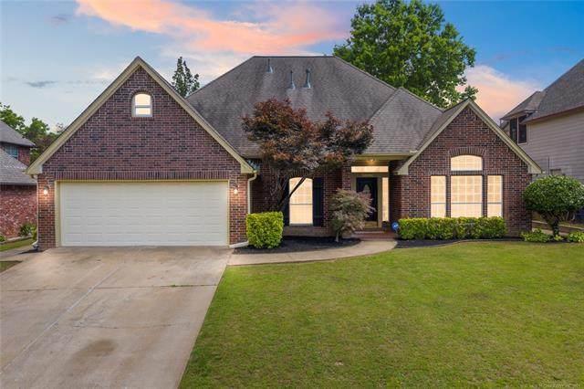 10034 E 98th Place, Tulsa, OK 74133 (MLS #2119099) :: 918HomeTeam - KW Realty Preferred