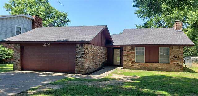 2705 S 27th Street, Muskogee, OK 74401 (MLS #2119158) :: Active Real Estate