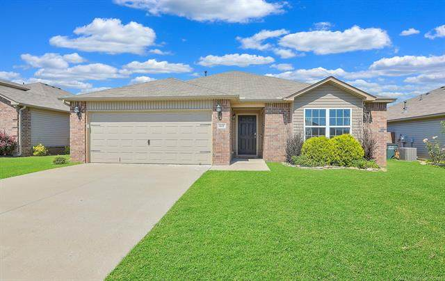 6622 N 128th East Avenue, Owasso, OK 74055 (MLS #2119267) :: Hopper Group at RE/MAX Results