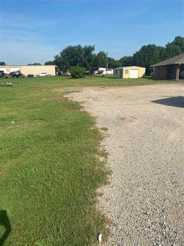 638 S State Highway 77S Highway, Davis, OK 73030 (MLS #2119277) :: Hopper Group at RE/MAX Results