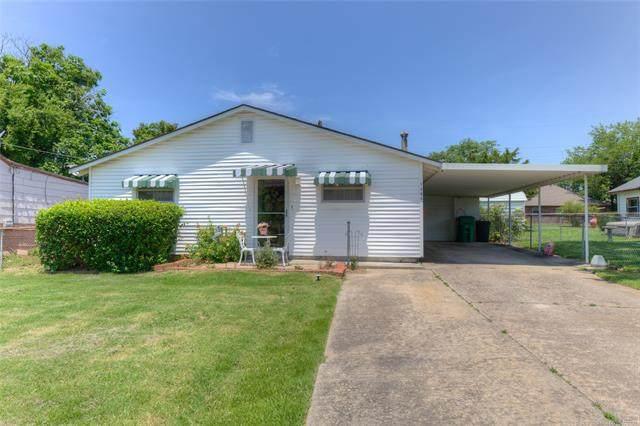 1305 E Thompson Avenue, Sapulpa, OK 74066 (MLS #2119306) :: 918HomeTeam - KW Realty Preferred