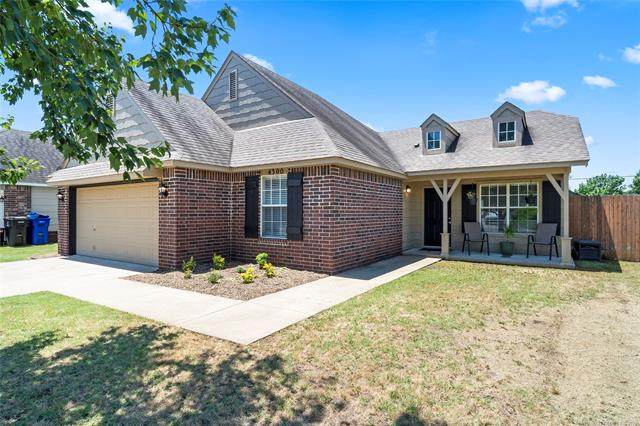 4300 S 202nd Avenue, Broken Arrow, OK 74014 (MLS #2119372) :: Hopper Group at RE/MAX Results