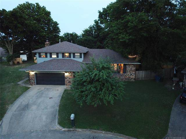 2303 Ridgeview Lane, Claremore, OK 74017 (MLS #2119382) :: Hopper Group at RE/MAX Results