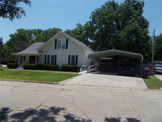 803 NW 6th Avenue NW, Ardmore, OK 73401 (MLS #2119494) :: 580 Realty