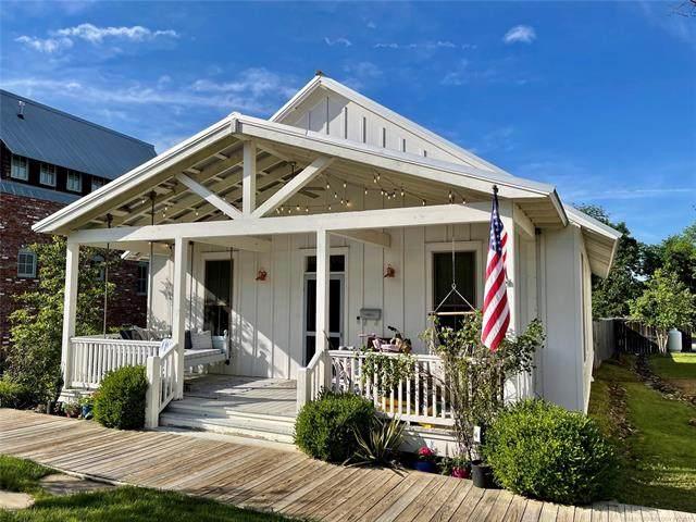 59 Boardwalk, Carlton Landing, OK 74432 (MLS #2119799) :: 580 Realty