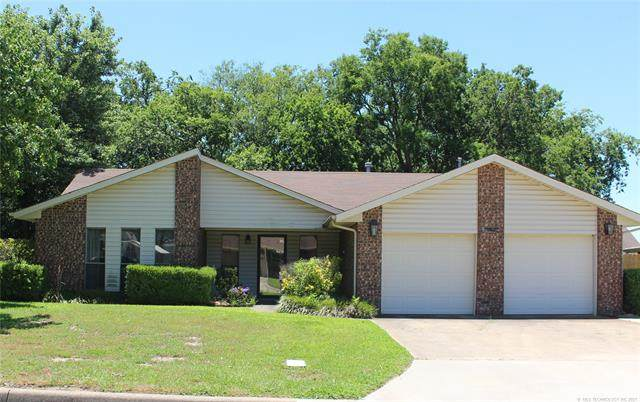 2006 NW 8th Avenue, Ardmore, OK 73401 (MLS #2119852) :: 580 Realty