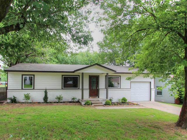 1004 Forest Drive, Sand Springs, OK 74063 (MLS #2119934) :: 580 Realty