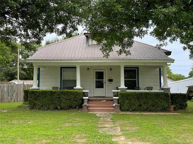 201 S Byrd Street, Coalgate, OK 74538 (MLS #2120069) :: 580 Realty
