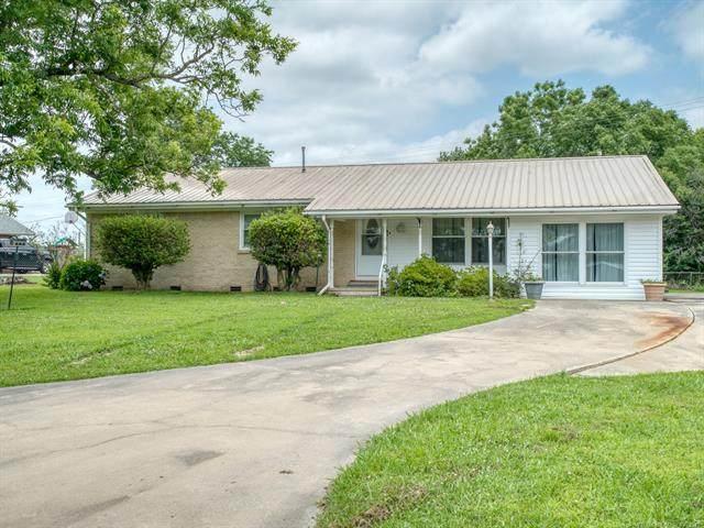 604 E 8th, Weleetka, OK 74880 (MLS #2120173) :: Active Real Estate