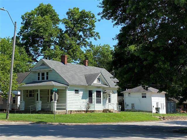 1403 E Okmulgee Street, Muskogee, OK 74403 (MLS #2120300) :: 918HomeTeam - KW Realty Preferred