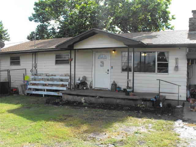 1109 N Linwood, Cushing, OK 74023 (MLS #2120417) :: Active Real Estate