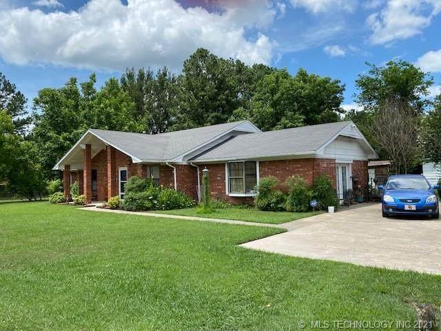 1109 North Drive, Hartshorne, OK 74547 (MLS #2120507) :: 918HomeTeam - KW Realty Preferred