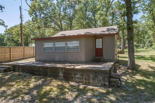 1419 Maple Drive, Grove, OK 74344 (MLS #2120711) :: Hopper Group at RE/MAX Results