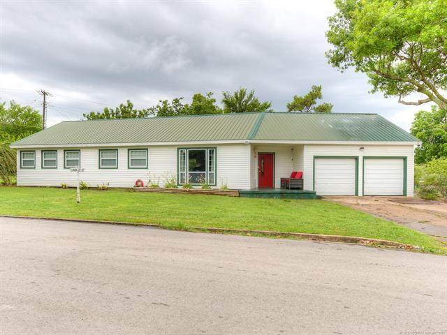 102 Clara Lee Street, Drumright, OK 74030 (MLS #2120817) :: Active Real Estate