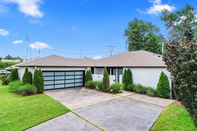 2613 S Florence Drive, Tulsa, OK 74114 (MLS #2121447) :: Hopper Group at RE/MAX Results