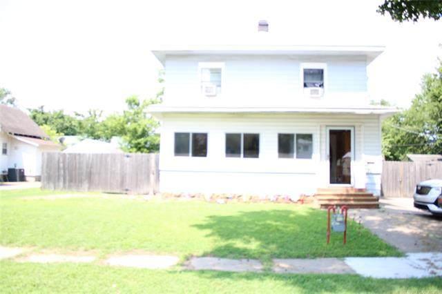 221 S 6th Street, Henryetta, OK 74437 (MLS #2121609) :: Owasso Homes and Lifestyle
