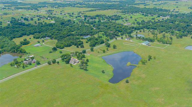 N 97th East Avenue, Collinsville, OK 74021 (MLS #2122204) :: Hopper Group at RE/MAX Results