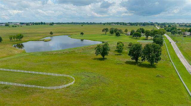 N 97th East Avenue, Collinsville, OK 74021 (MLS #2122211) :: Hopper Group at RE/MAX Results