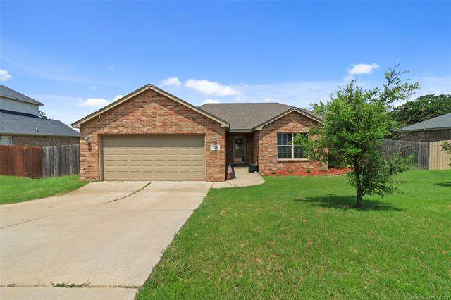 326 Briar Court, Ardmore, OK 73401 (MLS #2122412) :: Hopper Group at RE/MAX Results