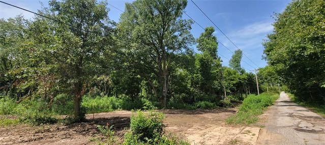 6214 W 81st Street, Tulsa, OK 74131 (MLS #2122562) :: Active Real Estate