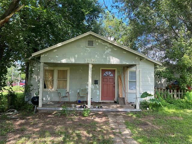 1104 N Cleveland Avenue, Sand Springs, OK 74063 (MLS #2122682) :: 918HomeTeam - KW Realty Preferred