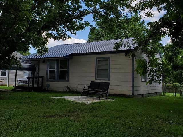202 W Scott Street, Henryetta, OK 74437 (MLS #2122842) :: Owasso Homes and Lifestyle