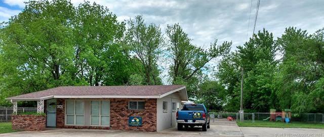 901 NE 5th Street, Pryor, OK 74361 (MLS #2122980) :: Active Real Estate