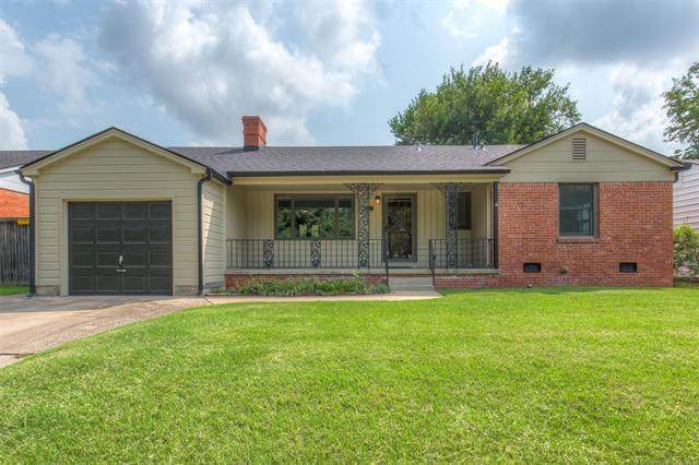 1825 S Columbia Avenue, Tulsa, OK 74104 (MLS #2123349) :: Hopper Group at RE/MAX Results