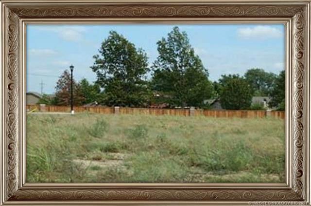 2905 Pheasant Court - Photo 1