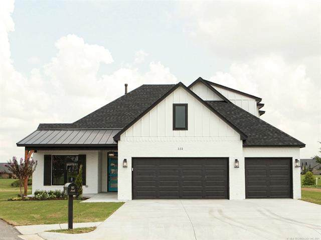 322 W 130th Street, Jenks, OK 74037 (MLS #2123610) :: Hopper Group at RE/MAX Results