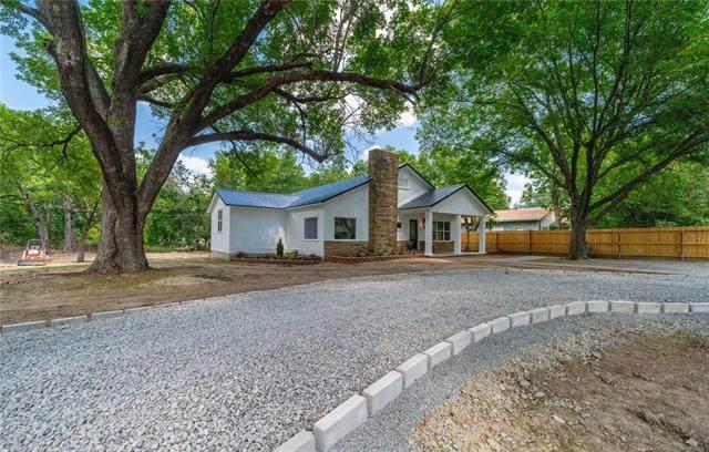 1127 Arapahoe Avenue, Hartshorne, OK 74547 (MLS #2124115) :: 918HomeTeam - KW Realty Preferred