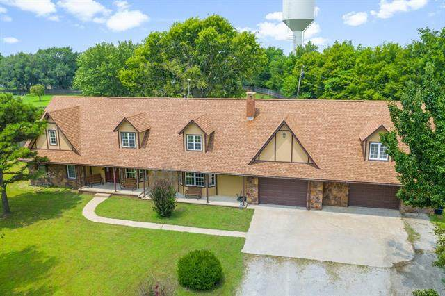 17222 Stonehedge Court, Claremore, OK 74017 (MLS #2124139) :: Hopper Group at RE/MAX Results