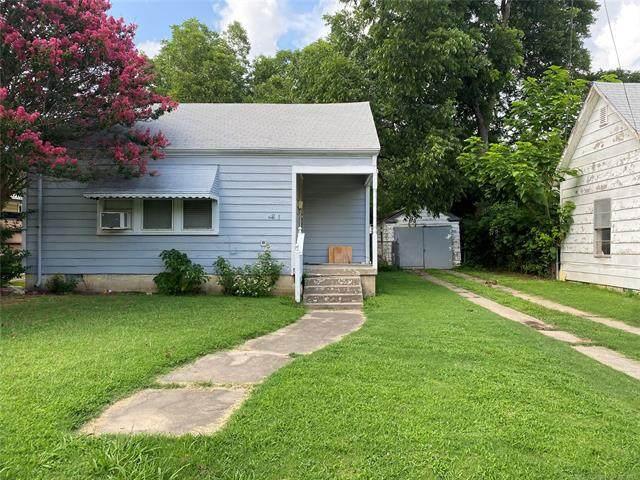 221 9th Street NE, Ardmore, OK 73401 (MLS #2124156) :: 580 Realty