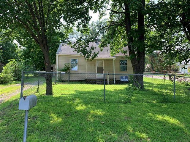 1601 S Oak Avenue, Bartlesville, OK 74003 (MLS #2124204) :: Owasso Homes and Lifestyle