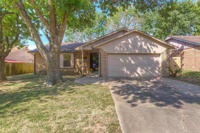 3236 S 148TH East Avenue, Tulsa, OK 74134 (MLS #2124213) :: Hopper Group at RE/MAX Results
