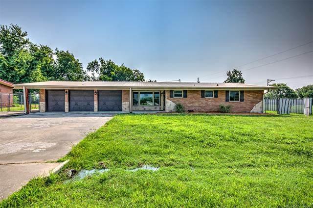44 Hazelette Lane, Bartlesville, OK 74003 (MLS #2124315) :: 580 Realty