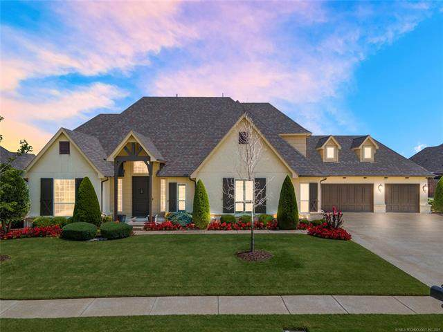 215 E 127th Street, Jenks, OK 74037 (MLS #2124397) :: Active Real Estate