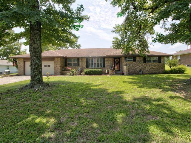 1909 W Union Street, Collinsville, OK 74021 (MLS #2124510) :: Hopper Group at RE/MAX Results